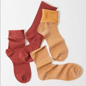 UO Sheer Roll Top Sock 2-Pack - brown